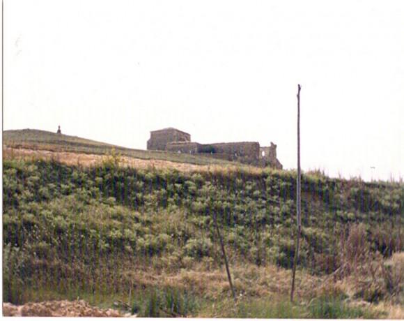 La iglesia en ruinas.jpg