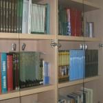 Donación de libros al Centro de Convivencia
